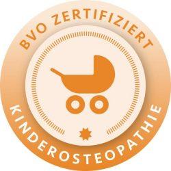 Siegel Kinderostheopathie -  Damit ist die Fachpraxis für Osteopathie Bremen Birte Steigerwald ausgezeichnet